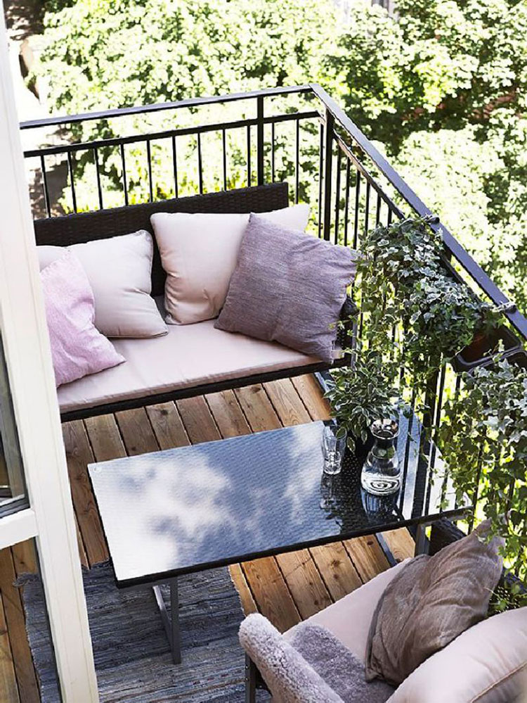 Ideas for decorating small balconies n.15