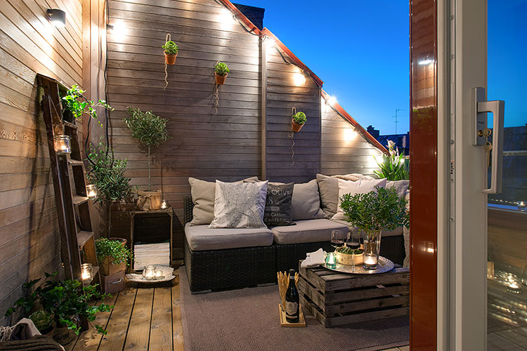 Ideas for decorating small balconies n.11