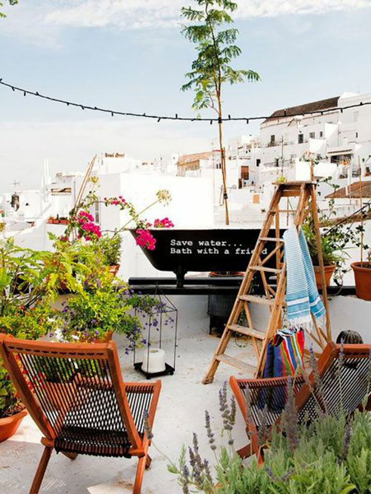Ideas for decorating small balconies n.12