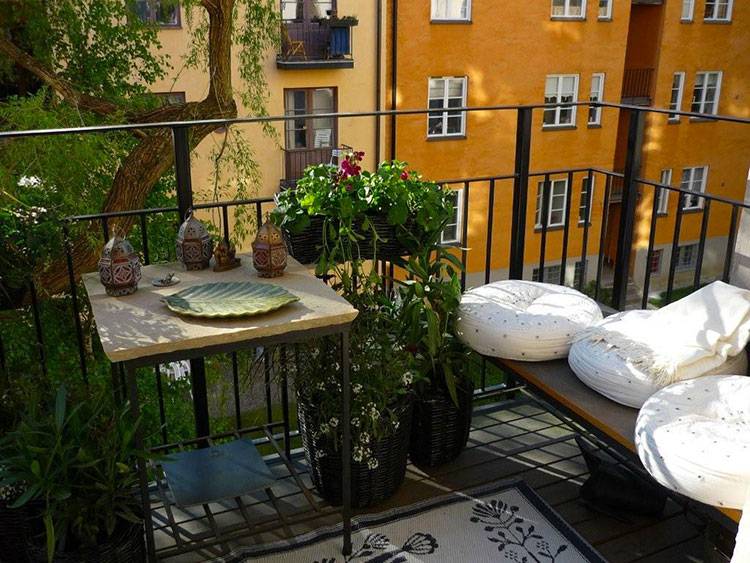 Ideas for decorating balconies # 11