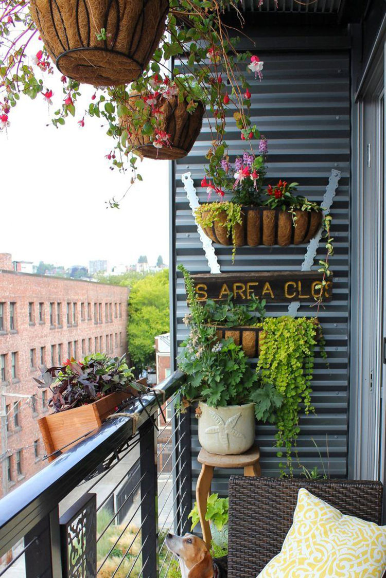 Ideas for decorating balconies # 26