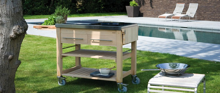 Outdoor kitchen with a modern and functional design n.19