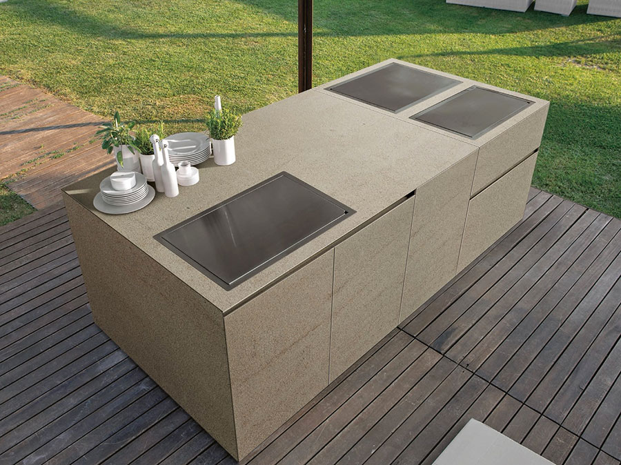 Outdoor kitchen with a modern and functional design n.24