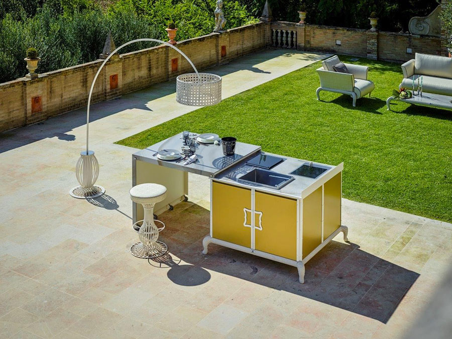 Outdoor kitchen with a modern and functional design n.29