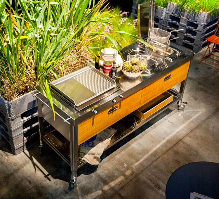 Outdoor kitchen with a modern and functional design n.20