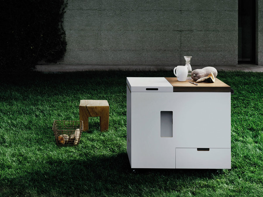Outdoor kitchen with a modern and functional design n.27