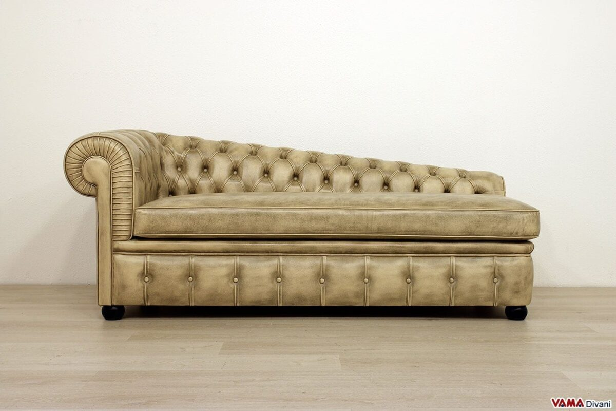 Classic upholstered Chesterfield daybed
