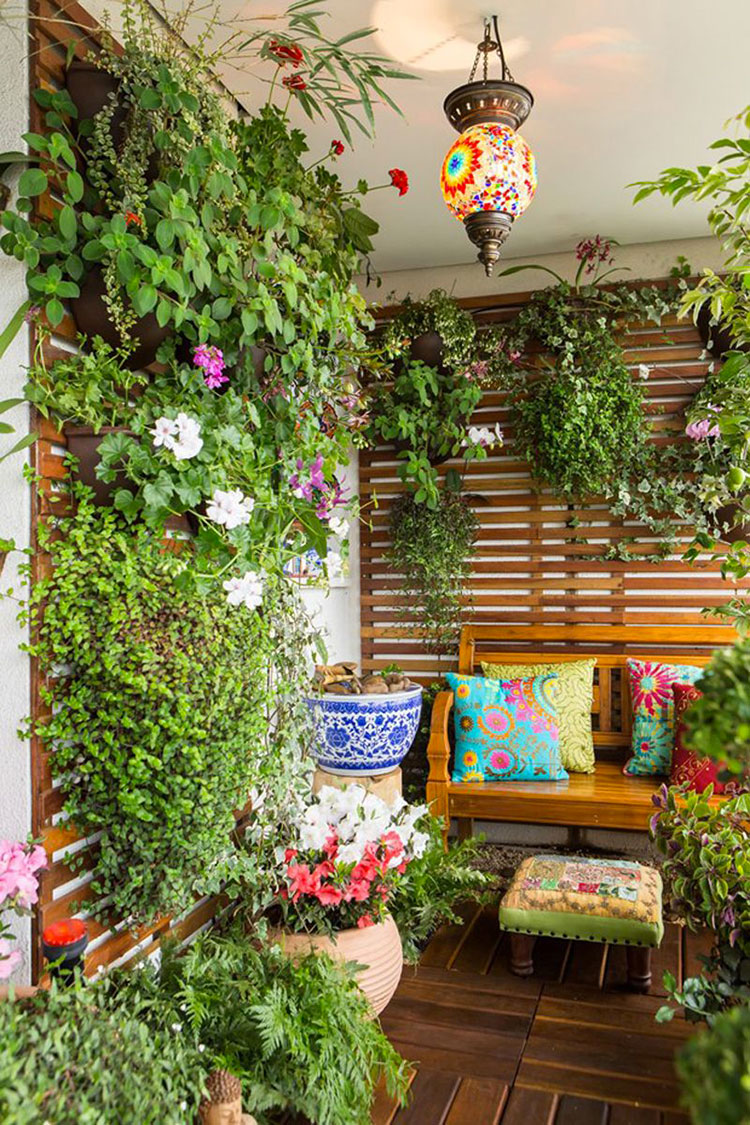 Ideas for embellishing a terrace with plants and flowers n.6