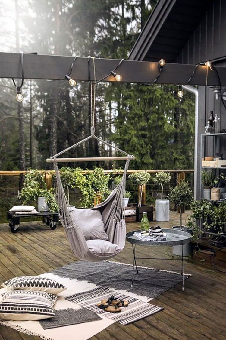 Ideas for embellishing a terrace with n.1 fabrics