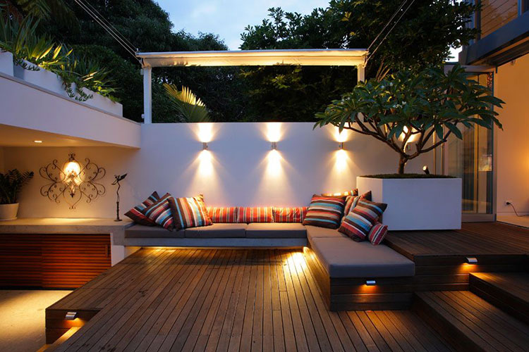 Ideas for embellishing a terrace with lights n.1