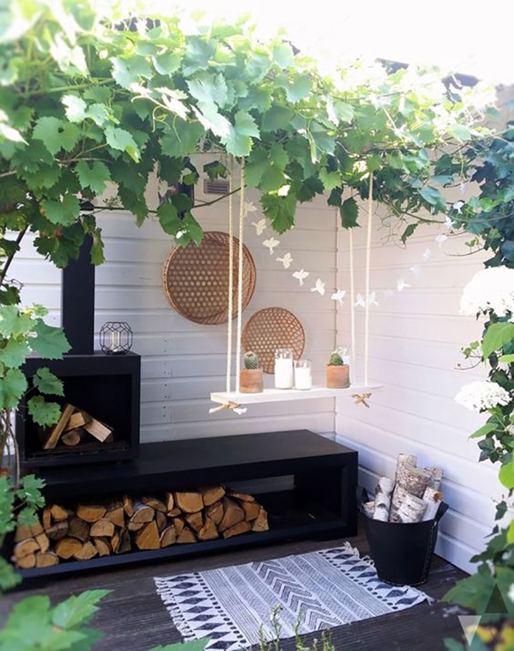Ideas for embellishing a terrace with pergolas n.1