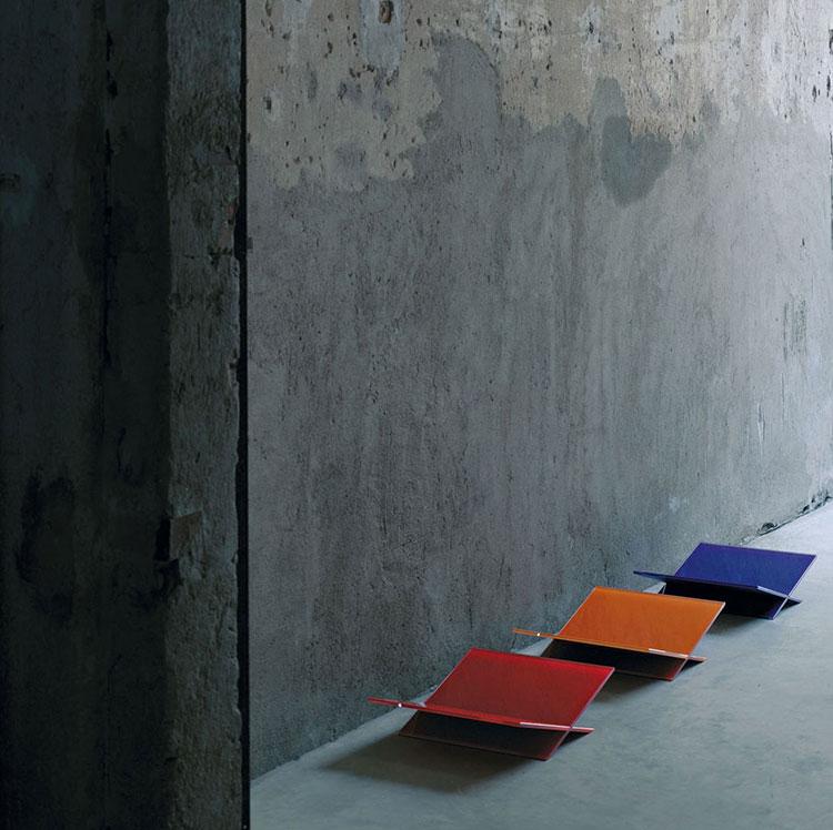 Magazine rack model with a modern design n.20