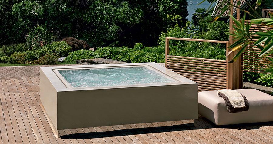 Zucchetti Kos whirlpool mini-pool model n.2