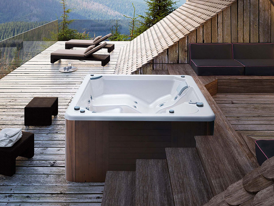Glass 1989 hot tub model n.2