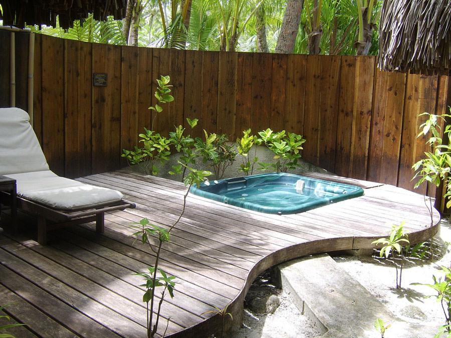 Outdoor whirlpool tub n.05