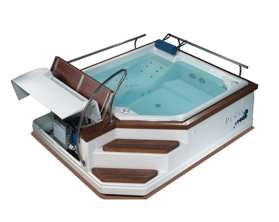 Outdoor whirlpool tub n.29