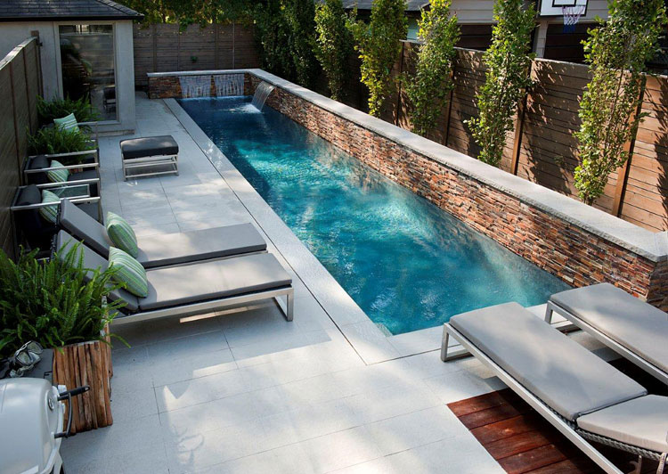 Photo of the small underground pool 36