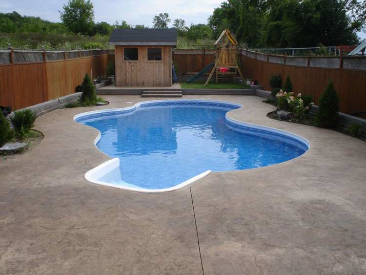 Photo of the small underground pool n.31