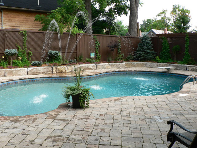 Photo of the small underground pool n.27