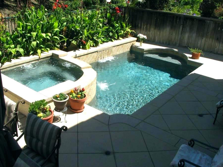 Photo of the small underground pool 52