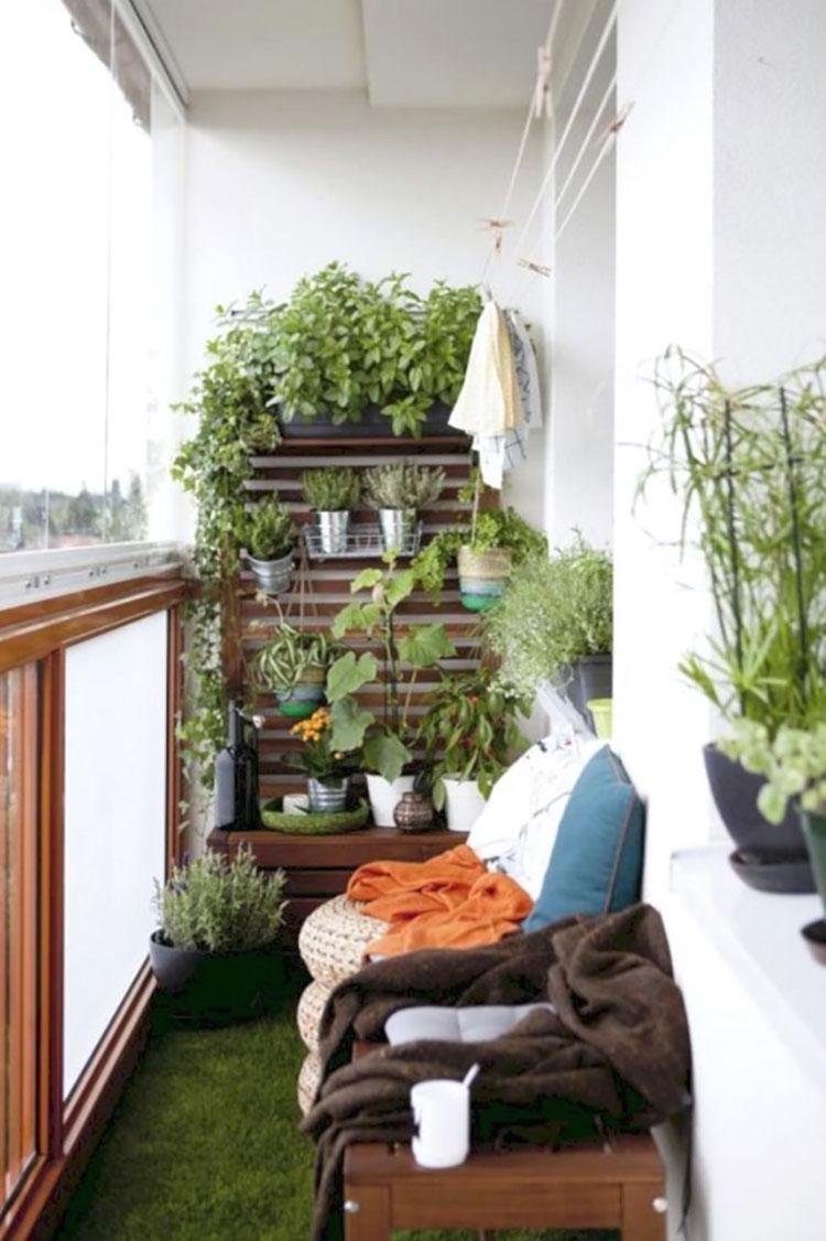 Ideas for decorating an Ikea balcony n.21