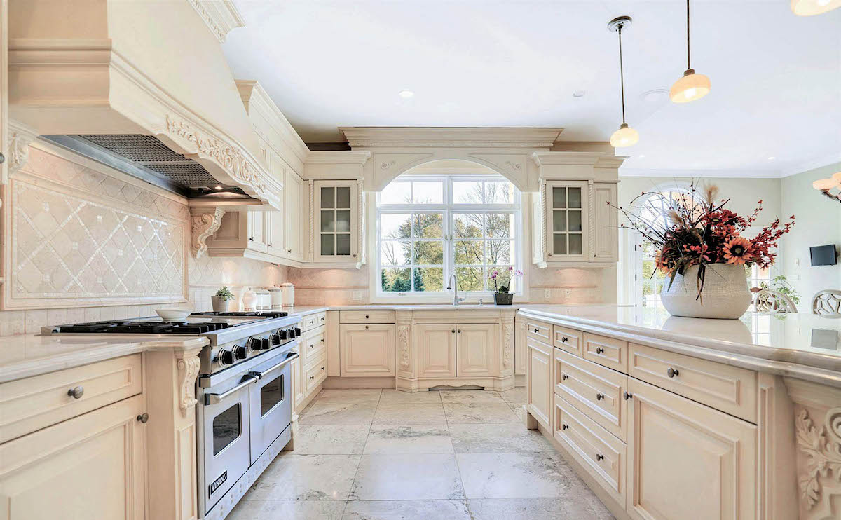 kitchen-sand-colored-walls-11