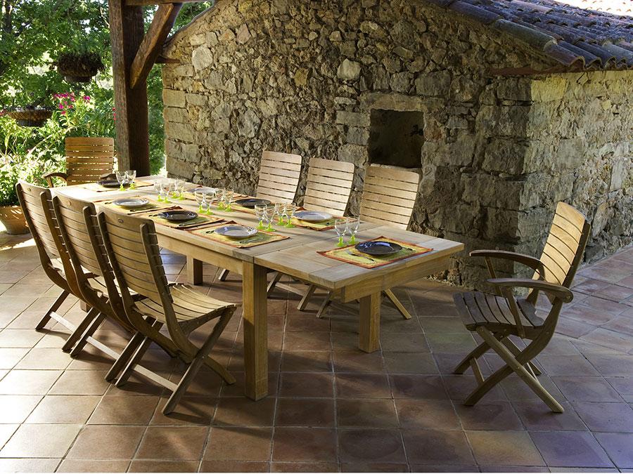 Extendable wooden garden table model n.03