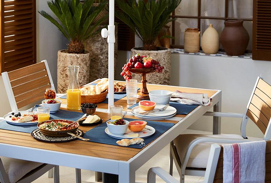 Ikea wooden garden table model n.05