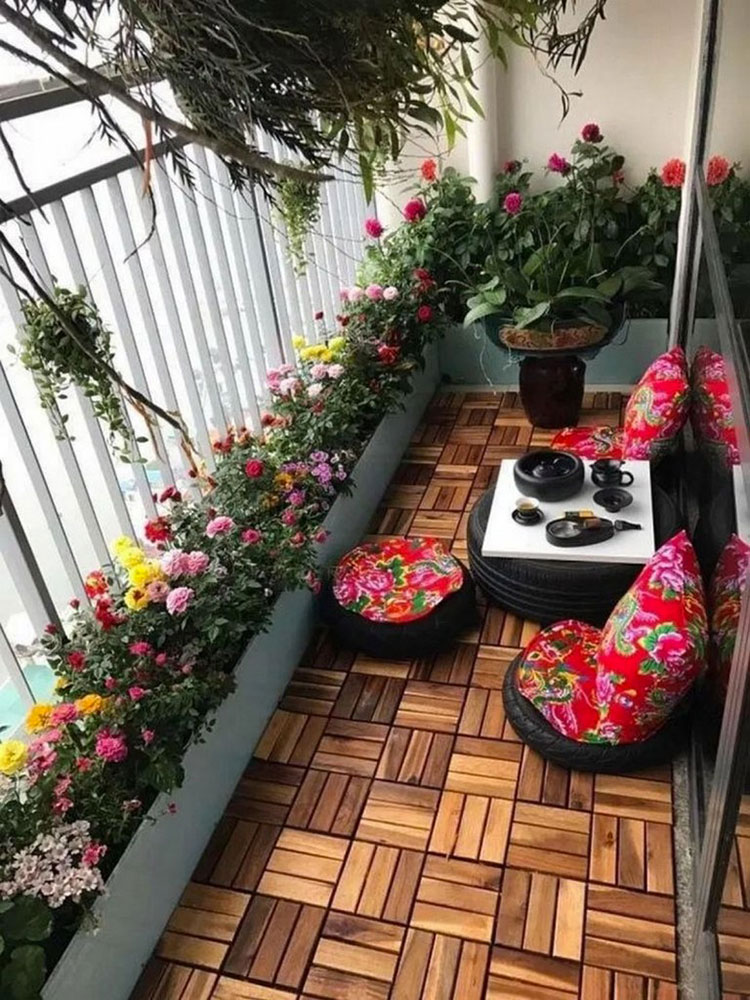 Ideas for decorating a small balcony n.08