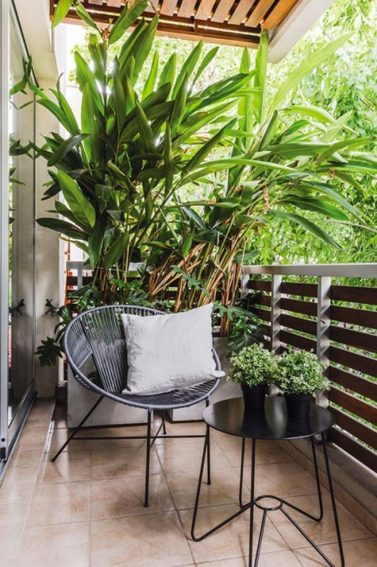 Ideas for decorating a small balcony n.11