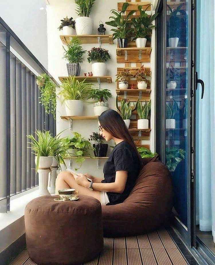 Ideas for decorating a small balcony n.05