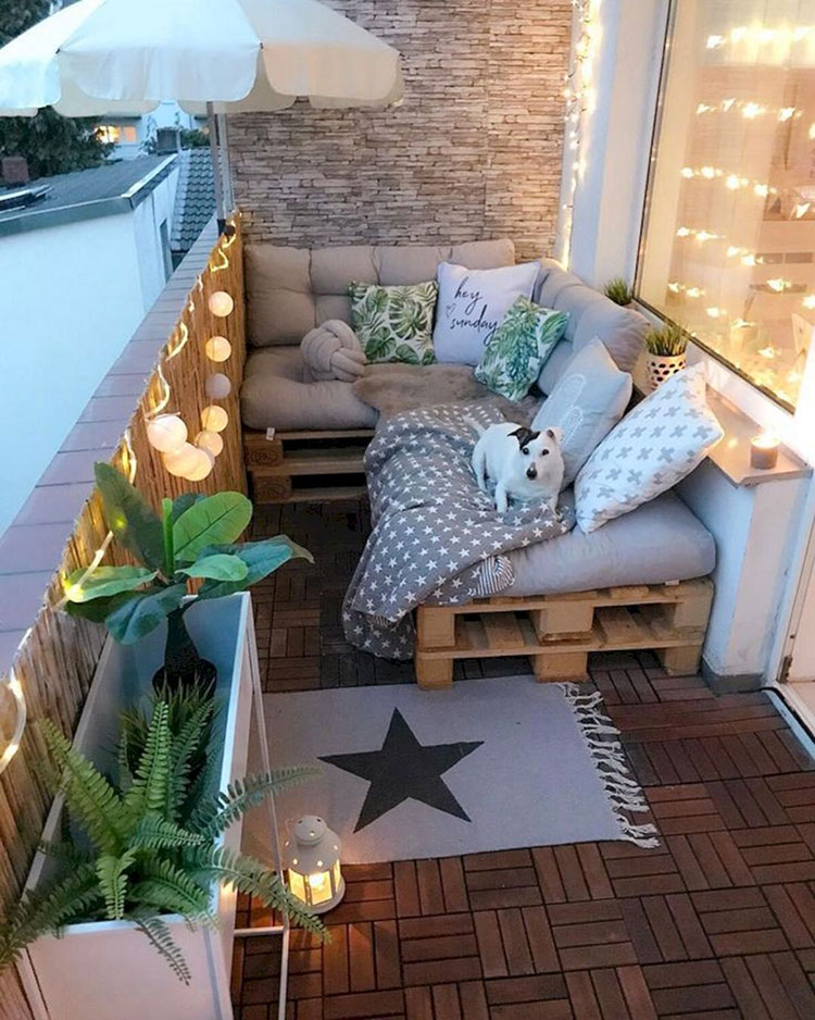 Ideas for decorating a small balcony n.30