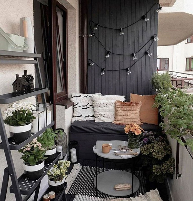 Ideas for decorating a small balcony n.25