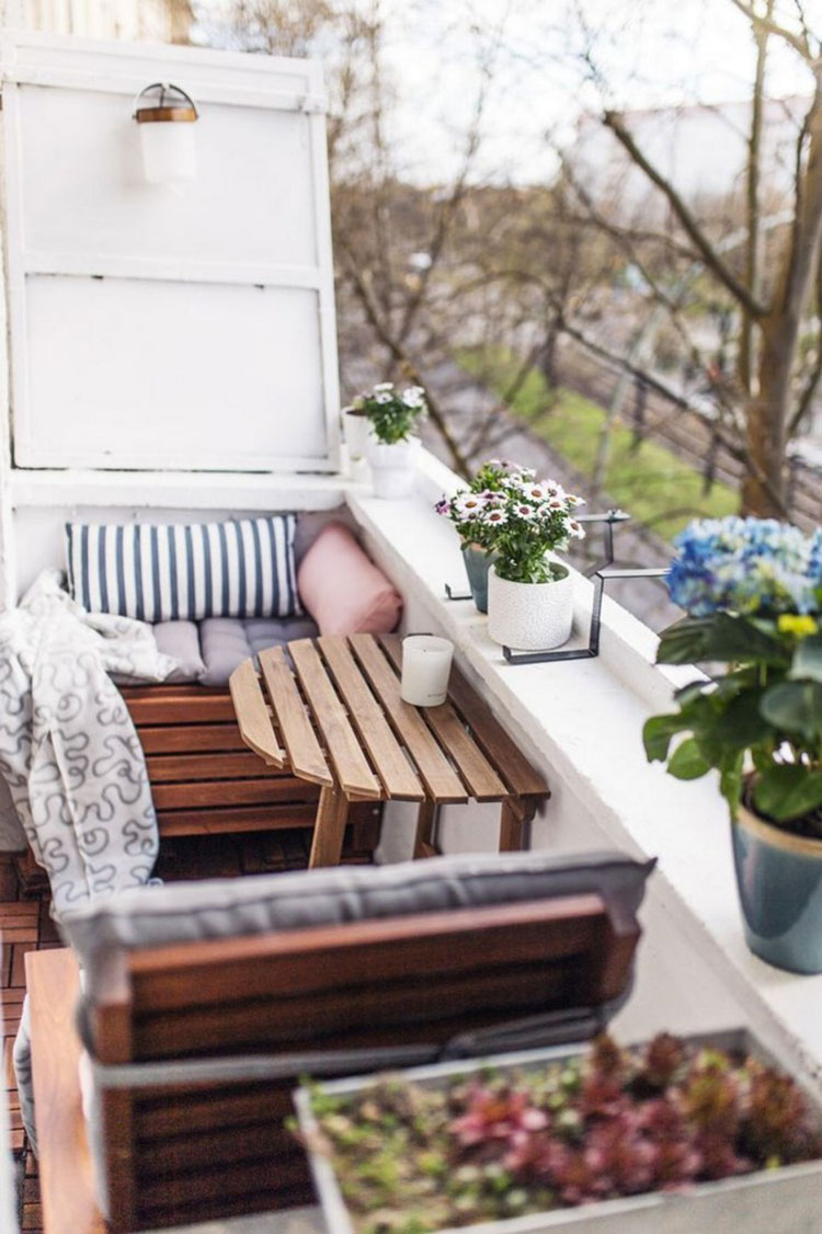 Ideas for decorating a small balcony # 14