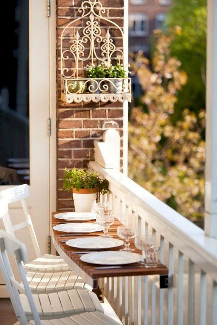 Ideas for decorating a small balcony n.16