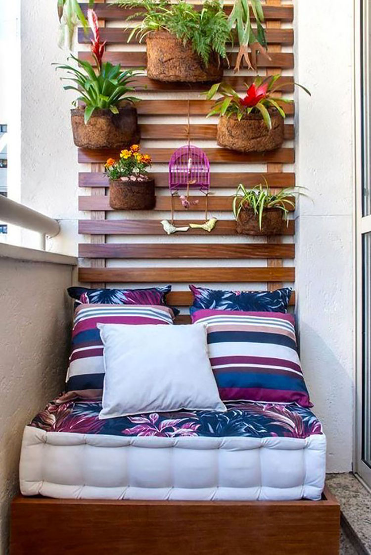 Ideas for decorating a small balcony n.22