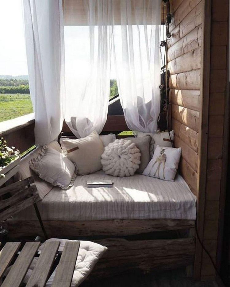 Ideas for decorating a small balcony n.24