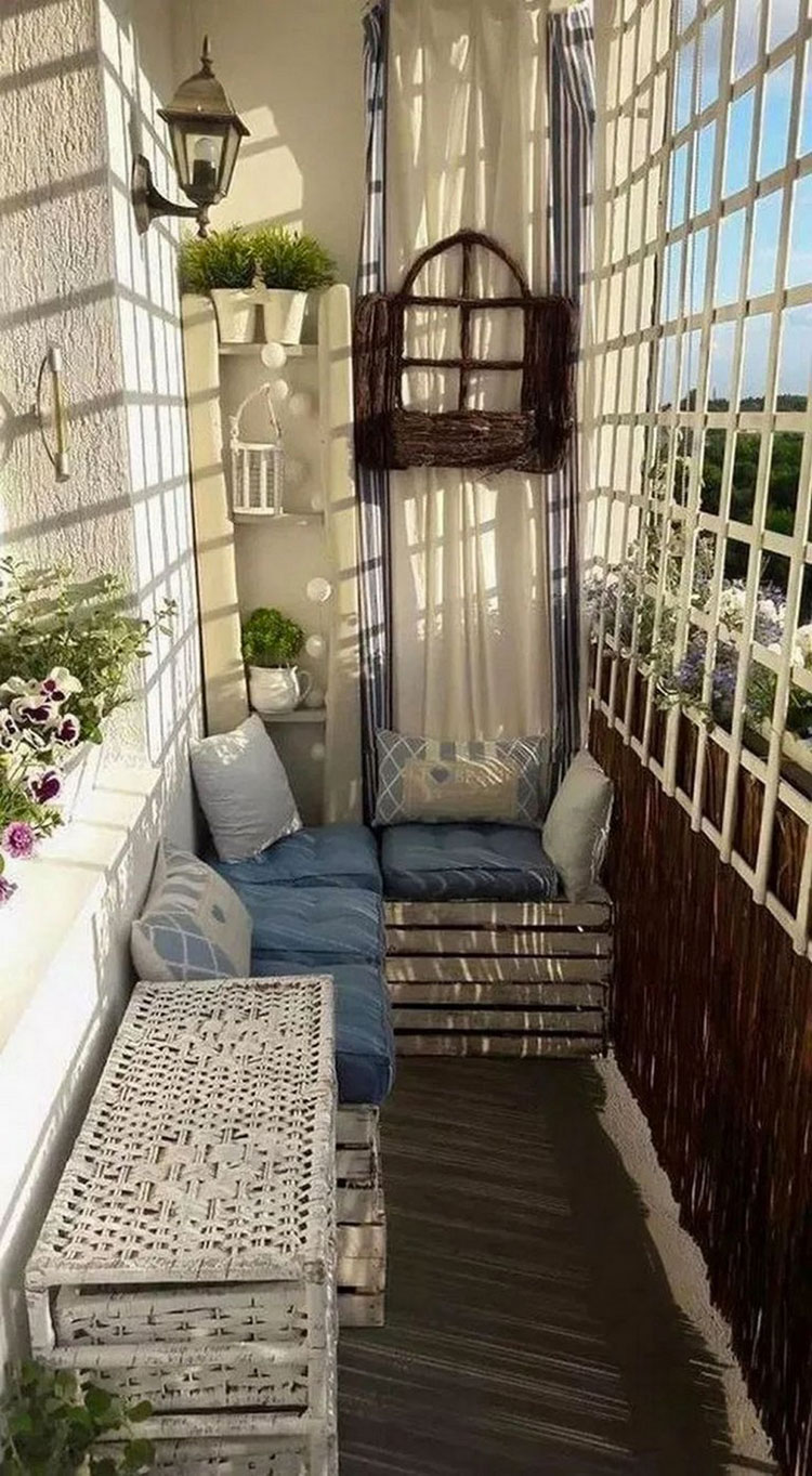 Ideas for decorating a small balcony n.23
