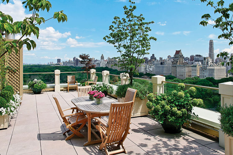 Ideas for decorating the terrace of an apartment n.09