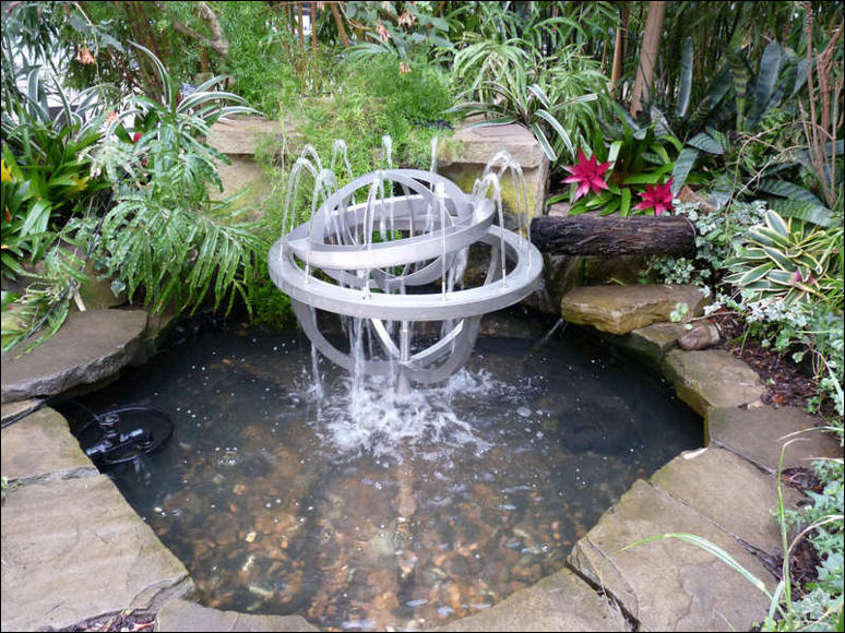 Photo of the garden pond 37