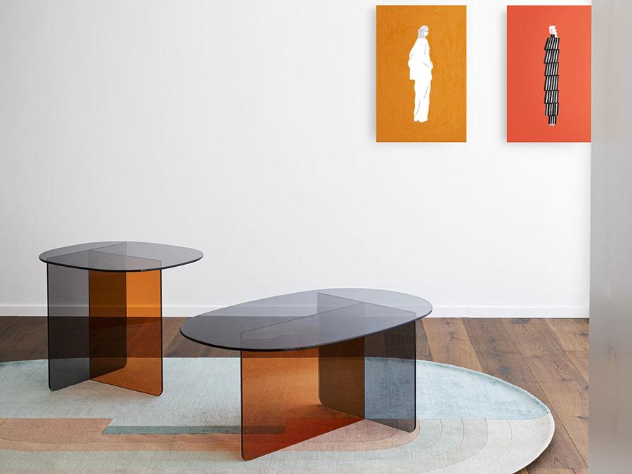 Glass coffee table model n.30