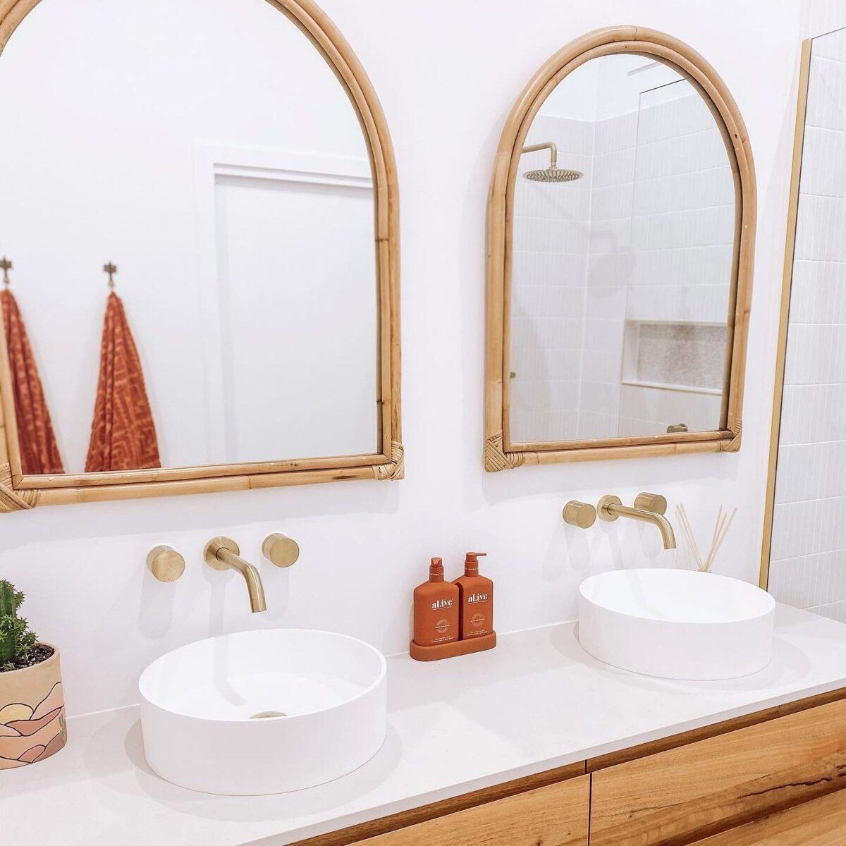 bathroom-in-mediterranean-sitle-16