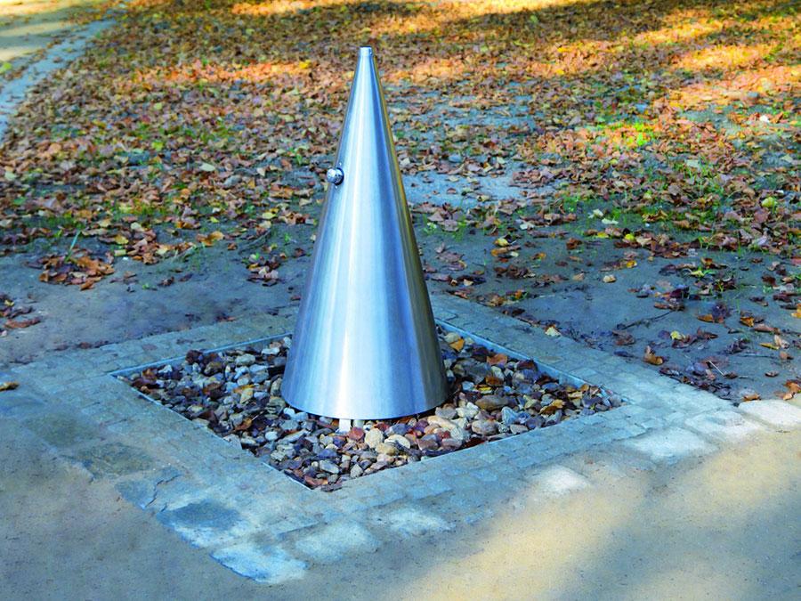 Modern Steel Garden Fountain Model 01