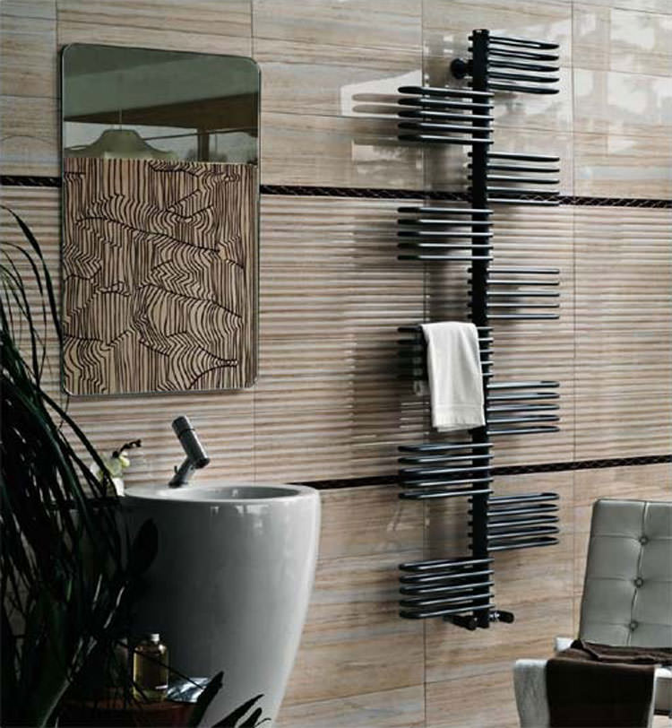 Bathroom radiator with modern design n.01