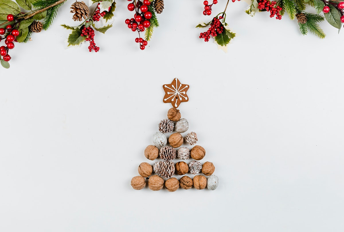 christmas-decorations-with-nuts-5
