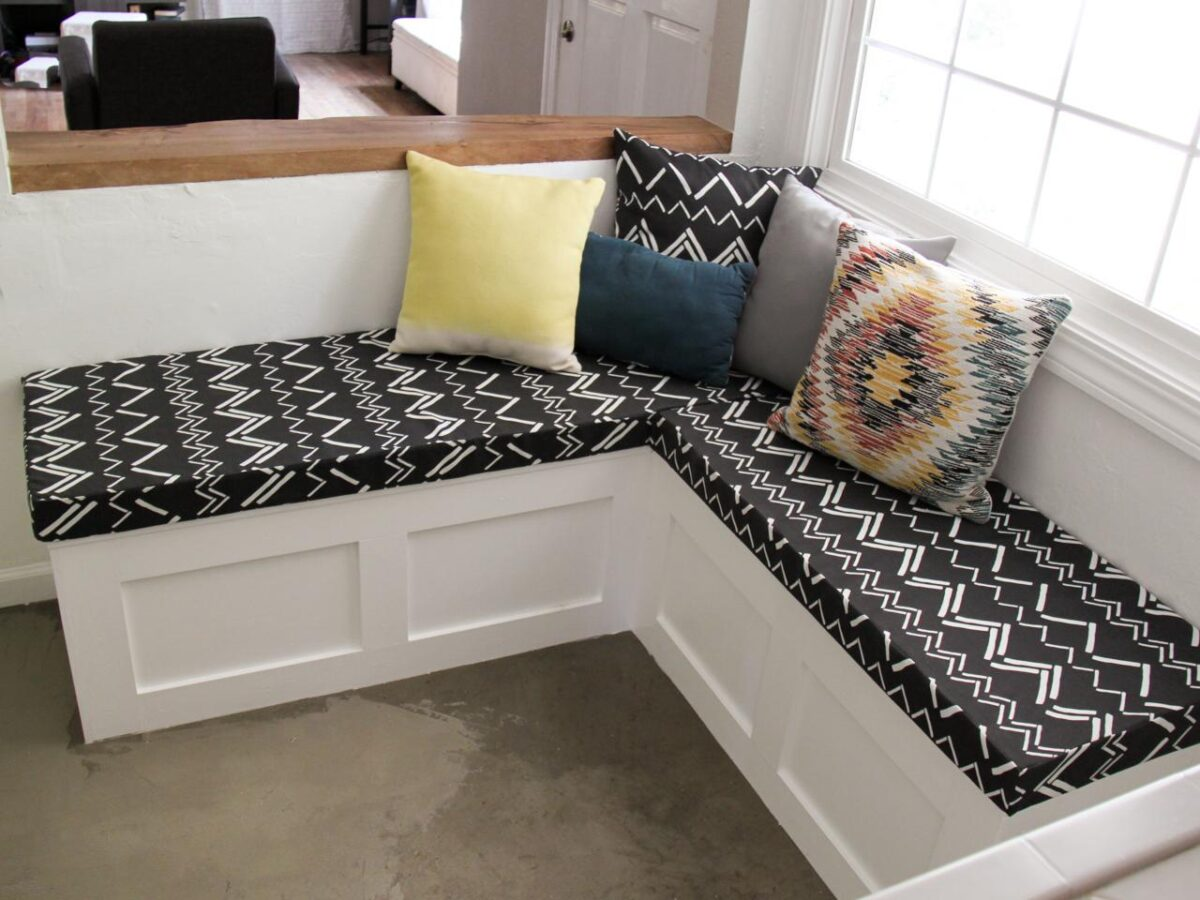 DIY-bench-cushion (1)
