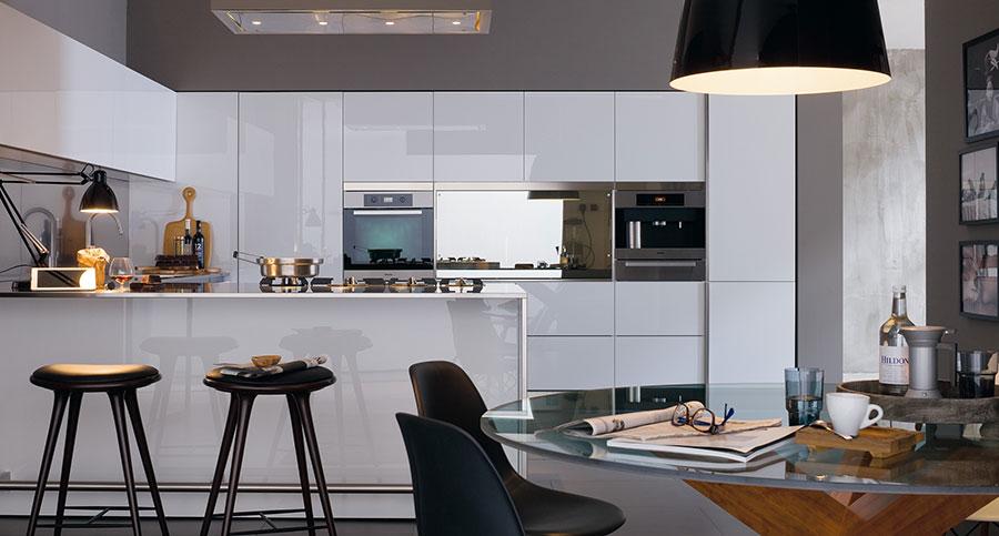 Modern White Kitchen Model # 09