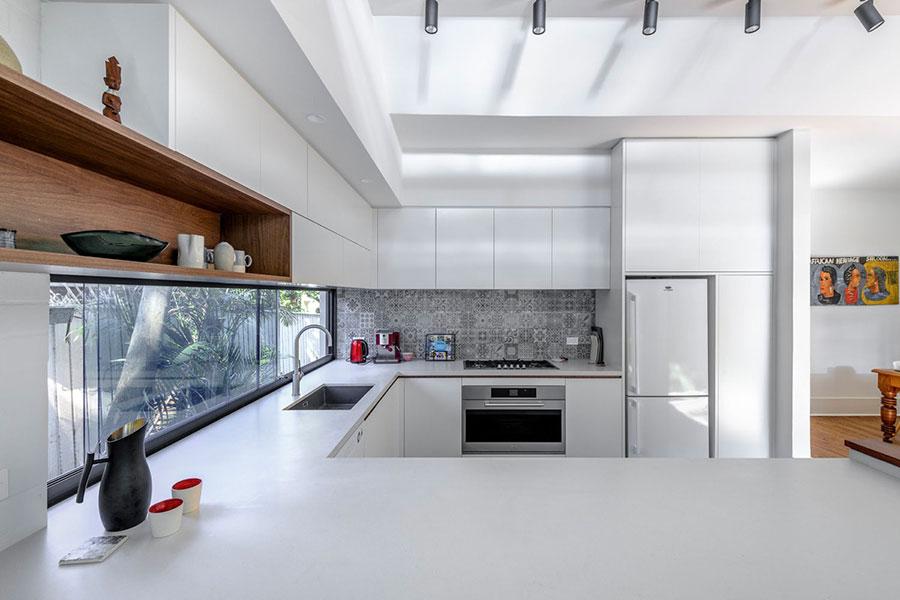 U Shape Modern White Kitchen Model No. 03