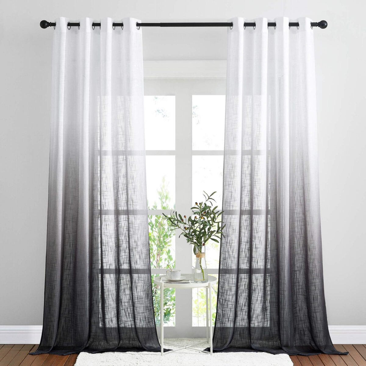 how-to-choose-color-privacy-curtains-1