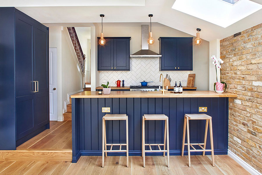 Blue and wood kitchen ideas n.04